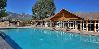 Broadmoor Ridge Apartments Photo Gallery 1