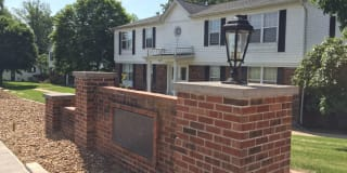 256 Carriage Court Photo Gallery 1