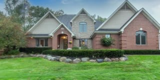 56587 COPPERFIELD Drive Photo Gallery 1