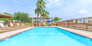 Island Bay Resort Apartment Homes Photo Gallery 1