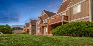 Peppertree Apartments Photo Gallery 1