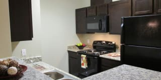 Oakland Hills Apartments Photo Gallery 1