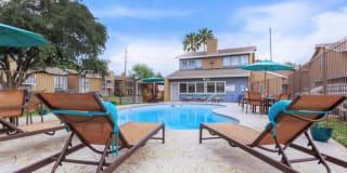 Bonaventure Apartments Photo Gallery 1