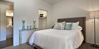 Jovanna Villas Apartment Homes Photo Gallery 1