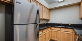 Silas Pointe Apartments Photo Gallery 1