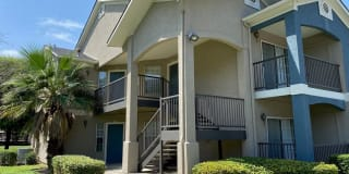 Rosillo Creek Apartments Photo Gallery 1