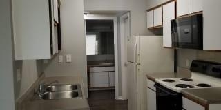 Regatta Apartments Photo Gallery 1