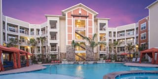 The Pointe at West Lake Photo Gallery 1