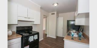 Buckhead Plaza Apartment Homes Photo Gallery 1