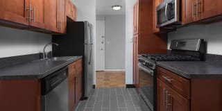 Hayes House Apartments Photo Gallery 1