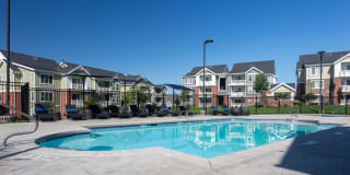 Cresthaven Luxury Apartments Photo Gallery 1