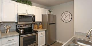 Autumn Creek Apartments Photo Gallery 1