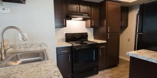 City Crossing Apartments Photo Gallery 1