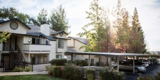 Sierra Oaks Apartments Photo Gallery 1