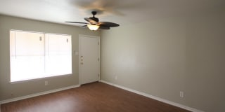 Dover Place Apartments Photo Gallery 1