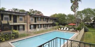 Alameda Apartments Photo Gallery 1