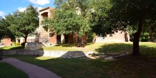 Silver Springs Apartments Photo Gallery 1
