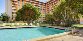 Park Towers Apartments Photo Gallery 1
