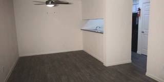 Willows Apartments Photo Gallery 1