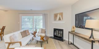 Harbour Town Apartments Photo Gallery 1