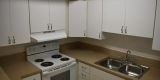 Summerfield Apartment Homes Photo Gallery 1