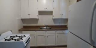 110 Graham Apartments Photo Gallery 1