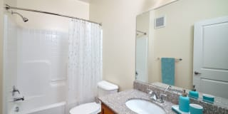 Valor Apartment Homes Photo Gallery 1