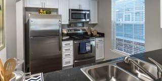 Nantucket Apartments Photo Gallery 1