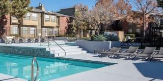 Oak Tree Park Apartments Photo Gallery 1