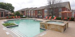 Stonebrook Village Apartments Photo Gallery 1