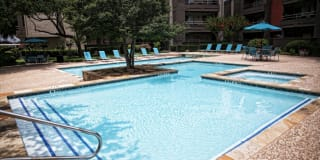 One Townecrest Apartments Photo Gallery 1