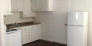 Evergreen Apartments Photo Gallery 1