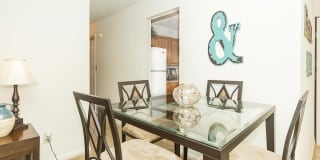 Oakmont North Apartments Photo Gallery 1