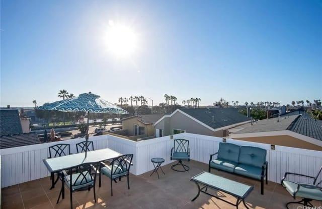 207 Walnut Street - 207 Walnut Street, Newport Beach, CA 92663