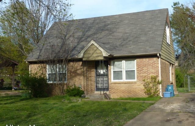 8230 Cedarbrook Dr - 8230 Cedarbrook Drive, Southaven, MS 38671