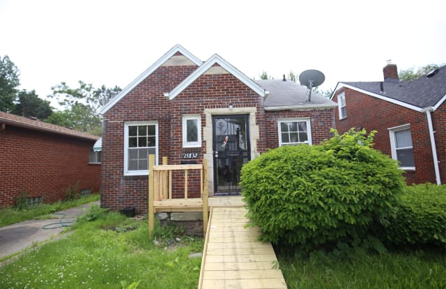 15832 Saratoga Avenue - 15832 Saratoga Street, Detroit, MI 48205