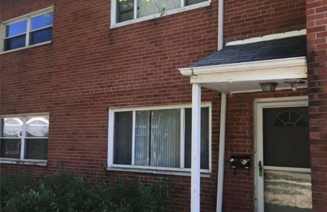 23673 Banbury Cir - 23673 Banbury Circle, Warrensville Heights, OH 44128