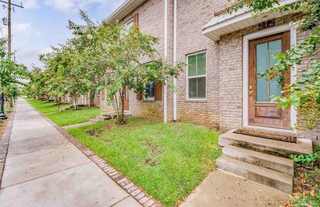 212 N DEVILLIERS ST - 212 North De Villiers Street, Pensacola, FL 32502