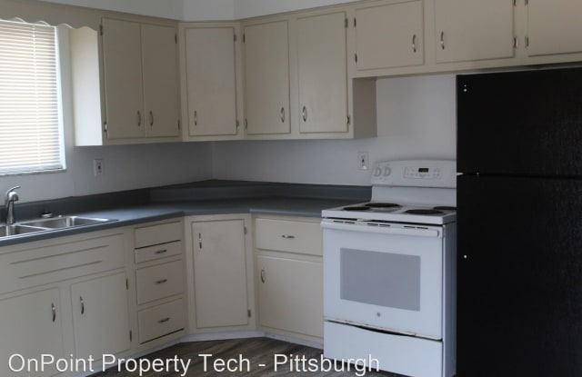 9929 Frankstown Road #2 (first floor) - 9929 Frankstown Road, Allegheny County, PA 15235