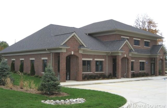 7333 Triangle - 7333 Triangle Dr, Sterling Heights, MI 48314