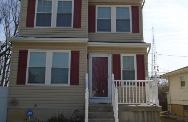 519 Winters Ln - 519 Winters Lane, Woodlawn, MD 21228