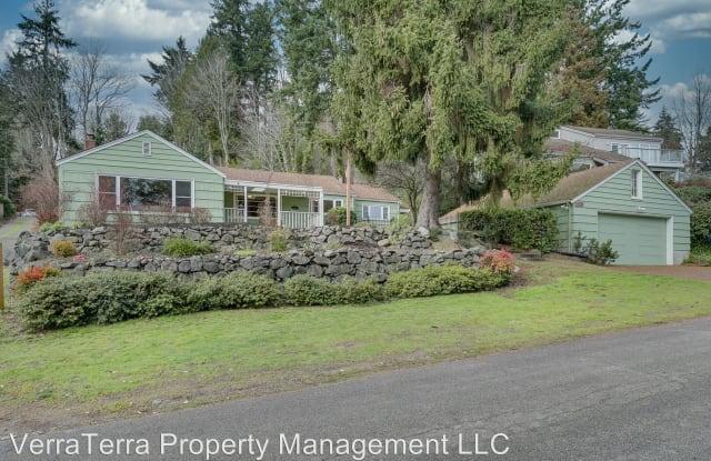 13205 42nd Ave NE Seattle, WA 98125 - 13205 42nd Avenue Northeast, Seattle, WA 98125