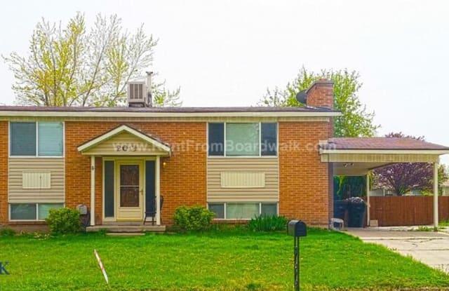 20 E Lester Ave - 20 East Lester Avenue, Murray, UT 84047