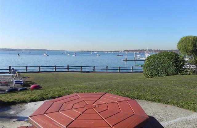 24 Dolphin Green - 24 Dolphin Green, Port Washington, NY 11050