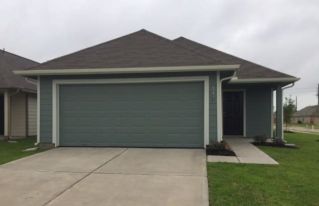 5451 Latta Plantation Drive - 5451 Amelia Plantation Drive, Harris County, TX 77449