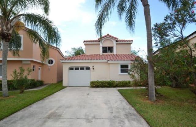 1089 Southeast 6th Avenue - 1089 Southeast 6th Avenue, Dania Beach, FL 33004