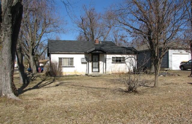 1501 E Whiteside St - 1501 East Whiteside Street, Springfield, MO 65804