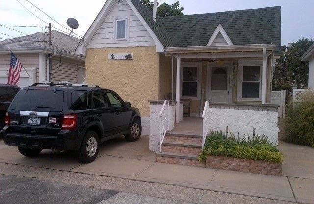 43 Oswego Avenue - 43 Oswego Avenue, East Atlantic Beach, NY 11561
