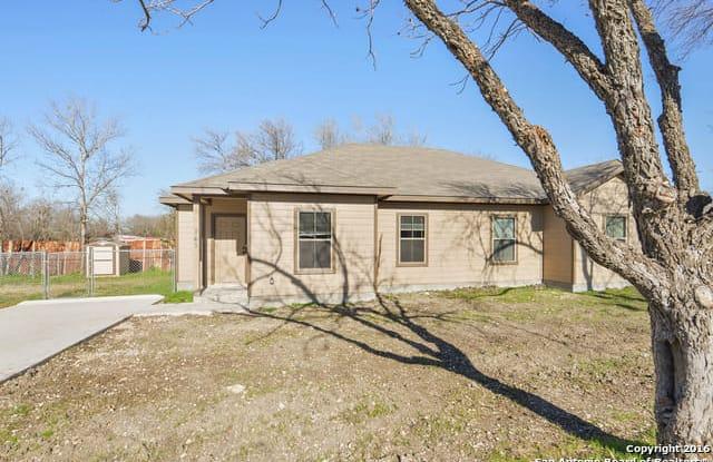 107 ROSEDALE AVE - 107 Rosedale Avenue, New Braunfels, TX 78130