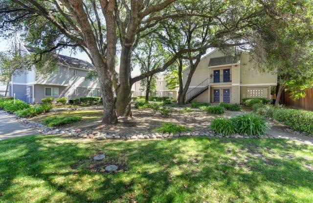 Hidden Oaks - 5979 Devecchi Ave, Citrus Heights, CA 95621
